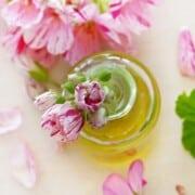 Recipes with geranium essential oil